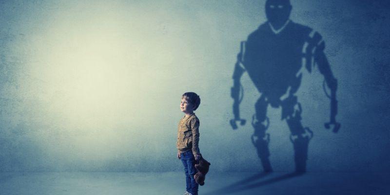 Раненый ребёнок – кто такой и как ему помочь?