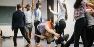 Пора отпустить повзрослевшего ребенка: возможности и ограничения танцевально — двигательной терапии (ТДТ)